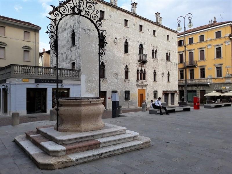 La Piazza XX Settembre di Udine