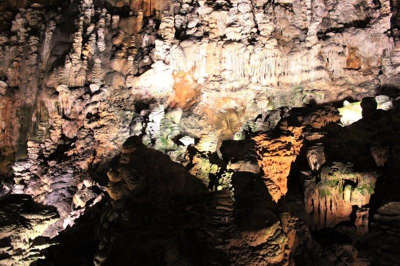 Uno scorcio all'interno della Grotta Gigante in Friuli Venezia Giulia