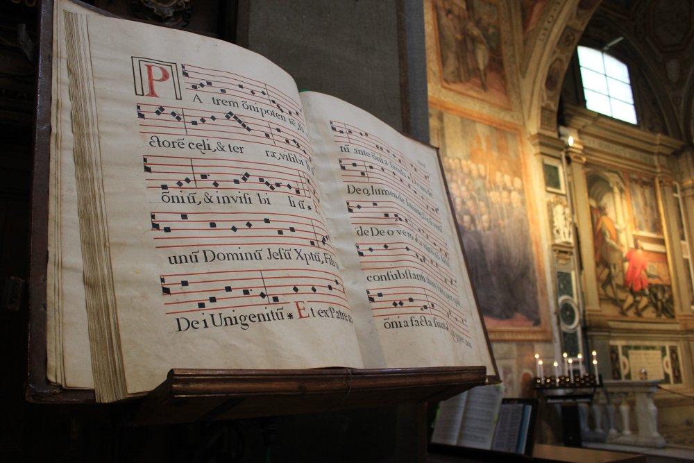 Messale nella Chiesa di San Michele Arcangelo a Badia Passignano Toscana